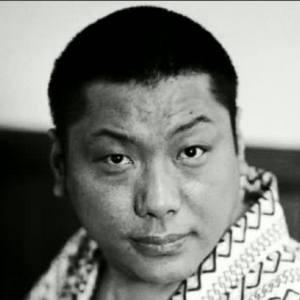 Trungpa-Rinpoche-01