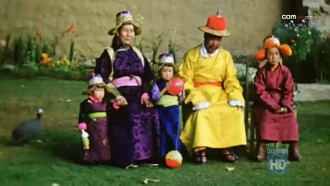 Dalai Lama's Family in the Norlinka